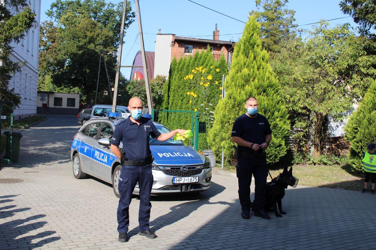 Wizyta policjantów w przedszkolu